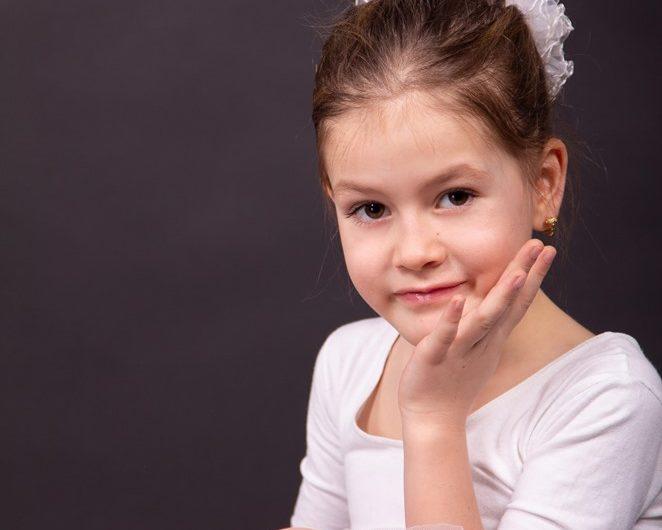 Alexandra Maria Berindei, 9 ans déjà  son premier clip
