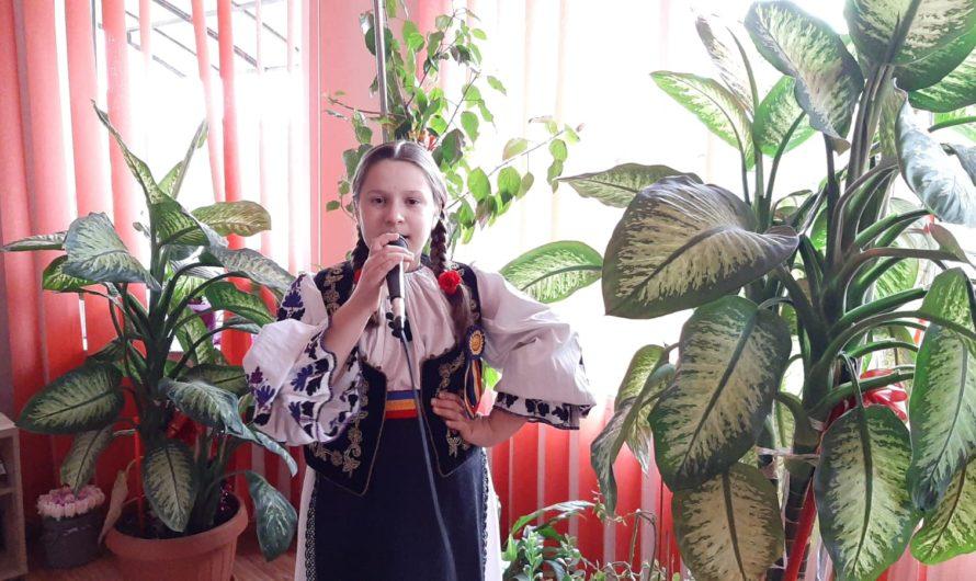 Maria Teodora Coța Mini star Roumaine du folklore